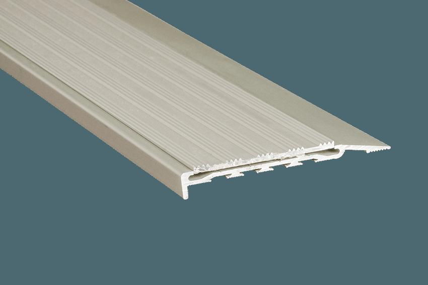 221112 - Venturi Aluminium Silver Striped Insert SM Silver Nosing