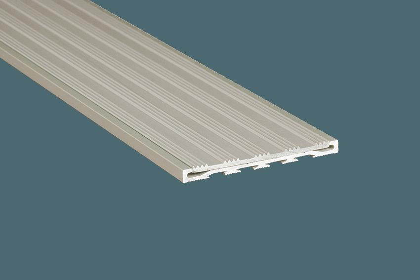 221212 - Venturi Aluminium Silver Striped Insert RC Silver Nosing