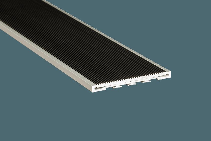 221214 - Venturi Aluminium Black Corrugated Insert RC Silver Nosing