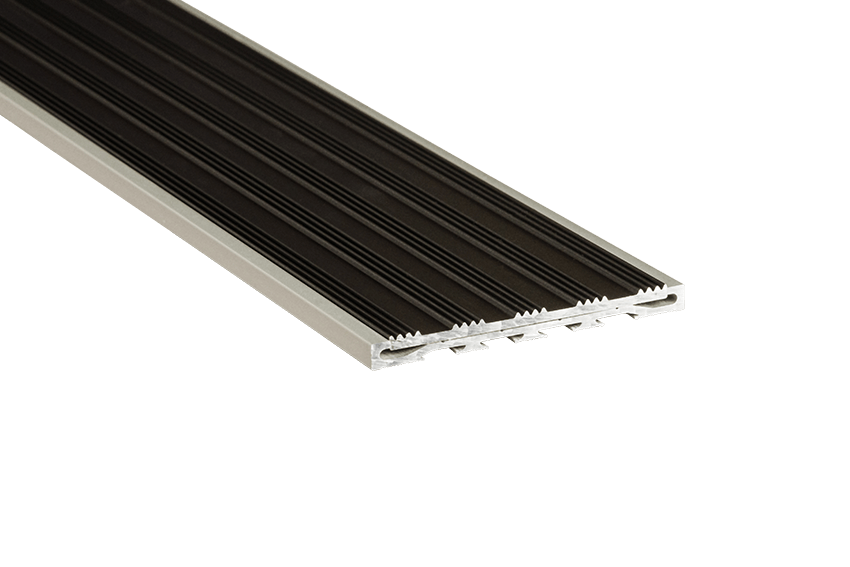 221215 - Venturi Aluminium Black Striped Insert RC Silver Nosing