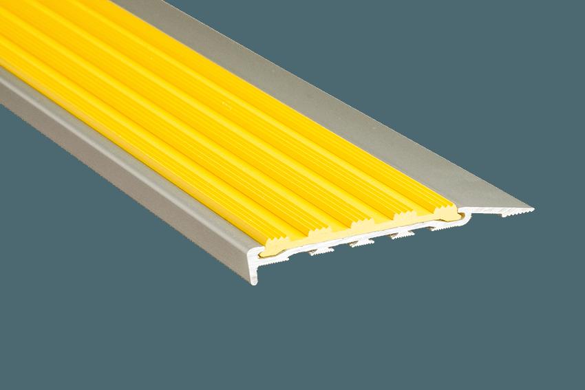 223118 - Venturi Polymer Yellow Insert SM Silver Nosing