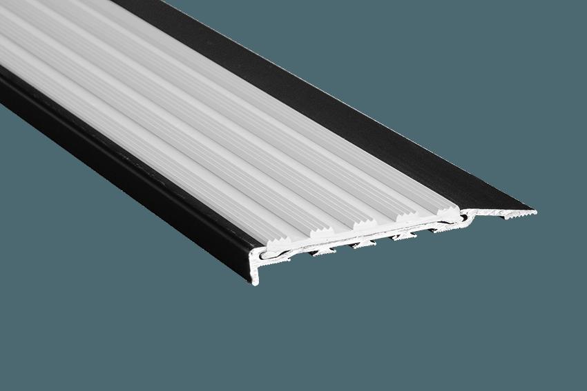 223124 - Venturi Polymer White Insert SM Black Nosing