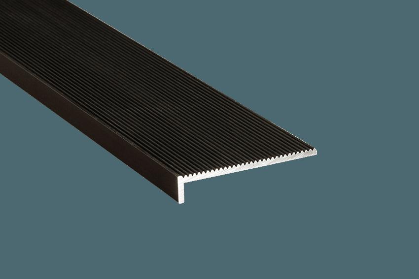 231121 - Tadao Aluminium Corrugated 10x50mm SM Black Nosing