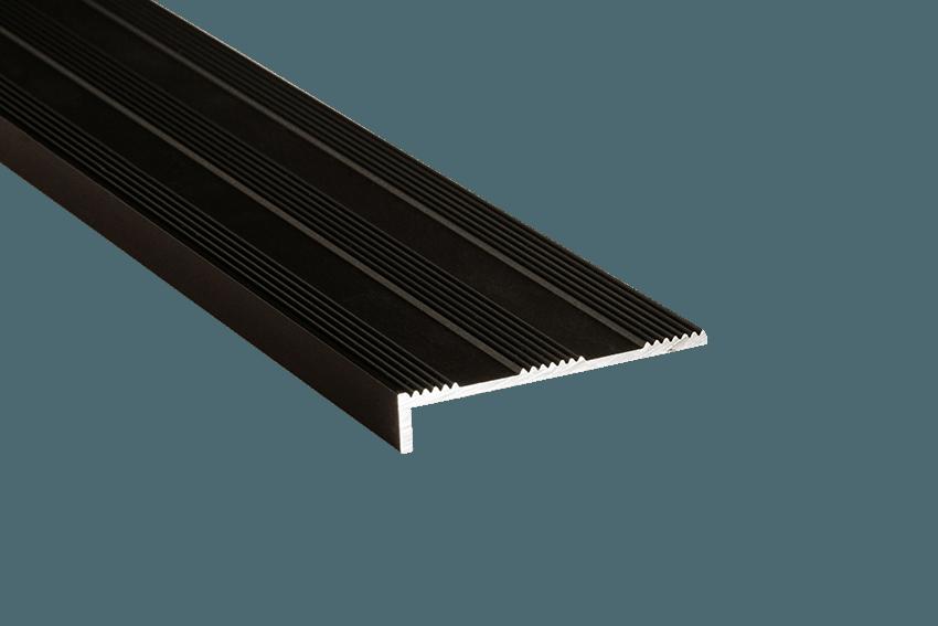 231122 - Tadao Aluminium Striped 10x50mm SM Black Nosing